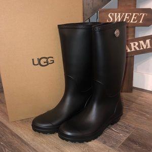 UGG SHELBY MATTE RAIN BOOT